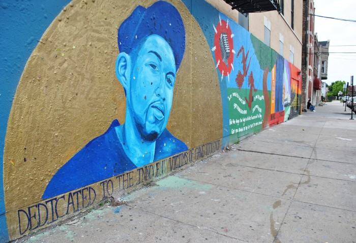 This Chicago graffiti is dedicated to the victims of gang violence