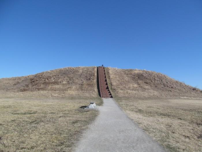 6. Cahokia Mounds (Collinsville)
