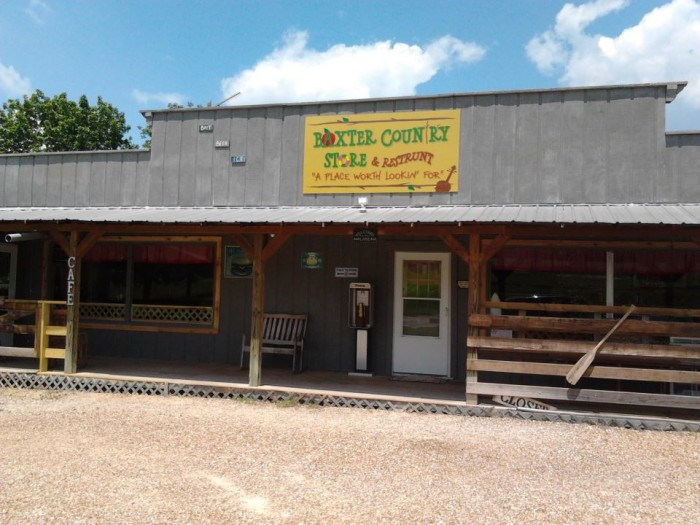 10. Baxter Country Store and Restrunt, Lampe