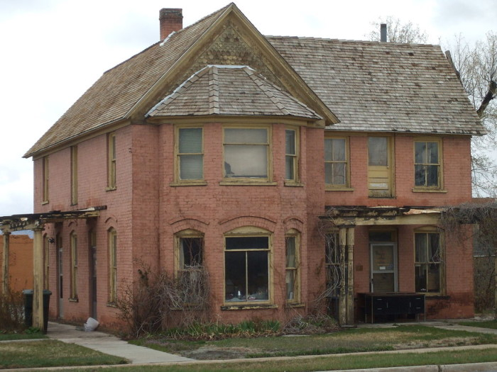 19) The Bryner House, Price