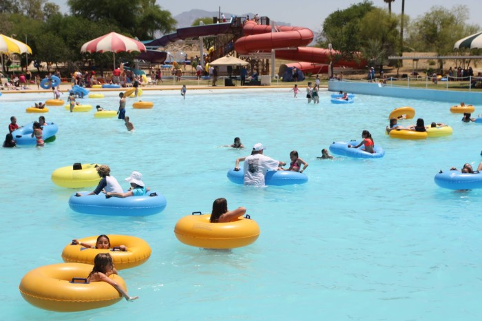 7 arizona waterparks that are pure bliss for everyone - Splash wave pool public swim hours ...