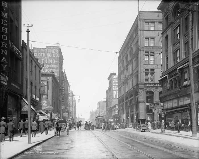 12. Walnut St., Downtown Kansas City, Mo. 1906
