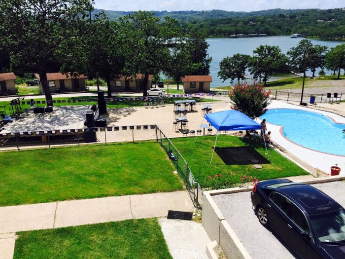 12. The Rocks Lakeside Grill and Lounge, Kimberling City