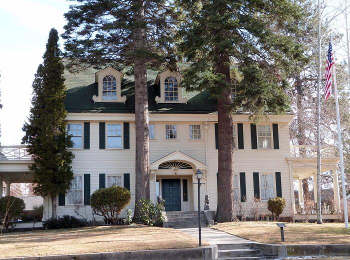 6) Thomas McCann House, Bend