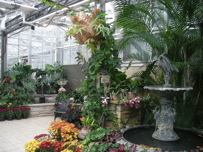Here are the most beautiful gardens you 39 ll see in michigan - Frederik meijer gardens and sculpture park ...