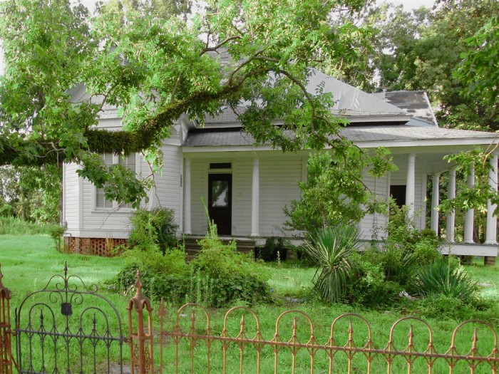 1. Okay, this house may not look creepy on the outside, but the story behind the vacant home is creepy enough. Closed up for years with no sign of the owners, the home is still filled with all of its original furniture which, by now, is considered antique.
