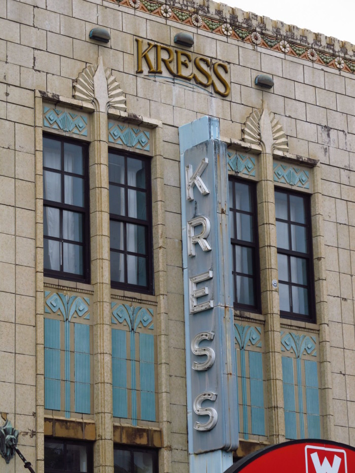 13) Built in 1932, this Kress Building, located in Hilo, is the only Kress structure left in the nation.
