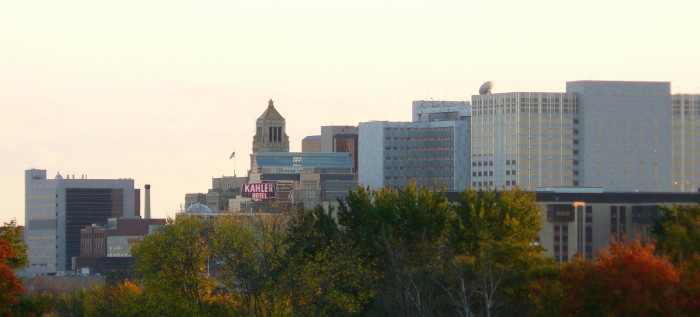 3. Rochester. Our last city with over 100,000 people,  Rochester is the medical center of well... the world. We are a state with amazingly talented and intelligent people and this city highlights the amazing advancements Minnesota has made that help the rest of the world succeed.
