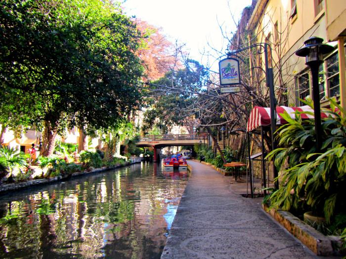 6) San Antonio Riverwalk