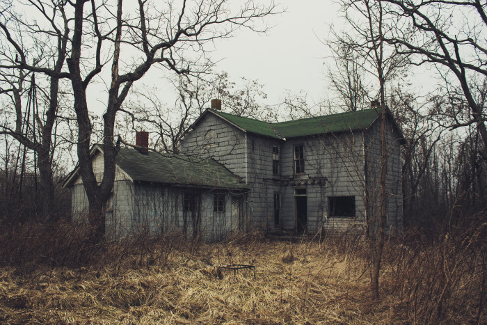 8. Not too sure where this house is in Indiana, but it definitely doesn't look like a house I want to go inside…