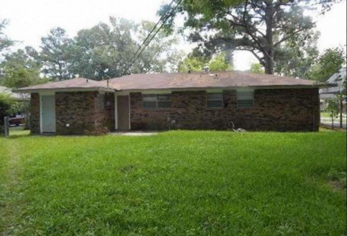 6) 16521 Webster Dr., Baton Rouge