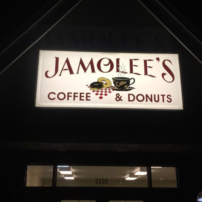 17. Jamolee's Coffee & Donuts, Fulton