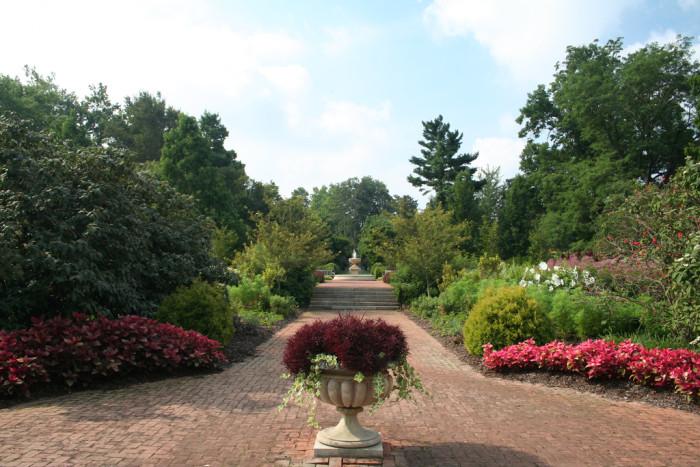 8) Kingwood Center Gardens (Mansfield)