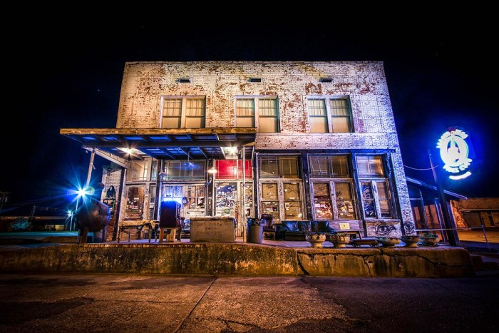 2. Ground Zero Blues Club, Clarksdale