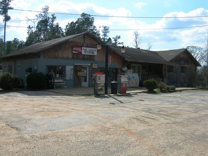 4. Located in Carlton, Alabama, Carlton General Store housed the community post office when the nearby general store closed. This post office closed in 2011.