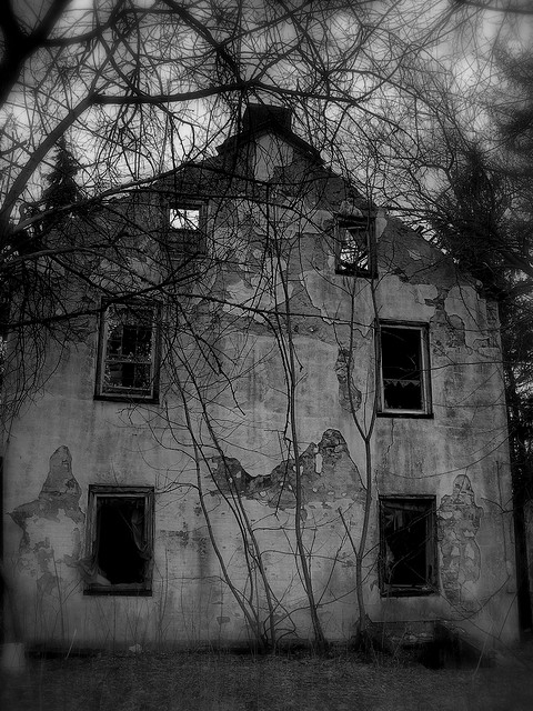 5. I wouldn't go too close to this abandoned building in Allentown...