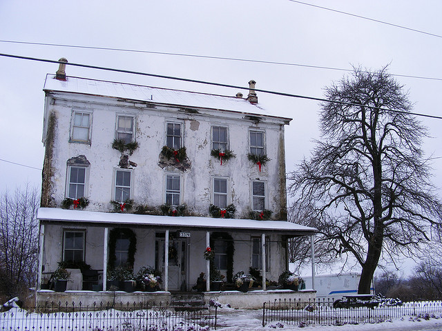 8. This house in Obelisk is rumored to be occupied. Do you know who lives there?