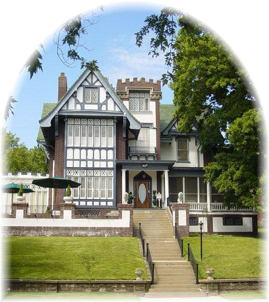 6. Tuck U Inn at Glick Mansion Bed & Breakfast (Atchison)
