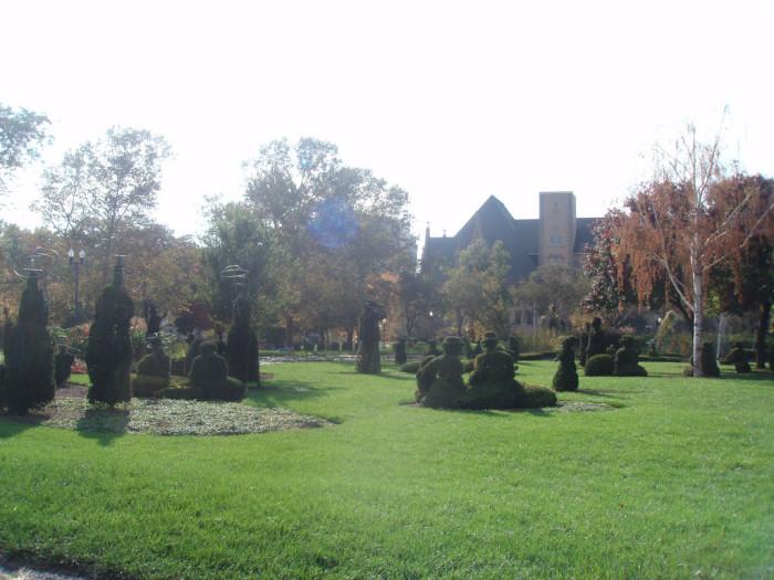12) Topiary Garden (Columbus)