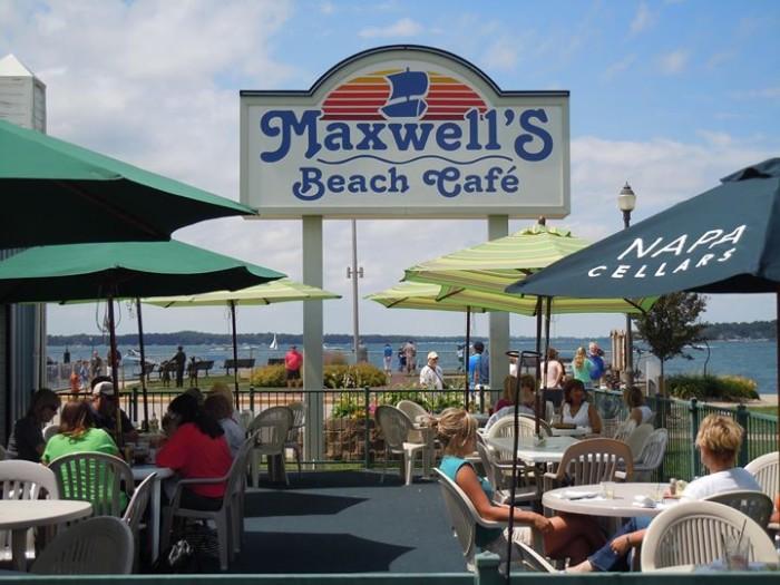 2. Maxwell's Beach Cafe, Okoboji
