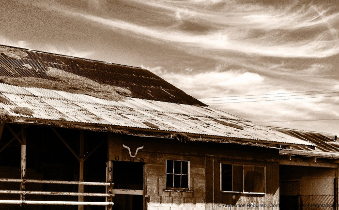 3) This beautiful, historic ranch building on the Big Island has since been torn down.