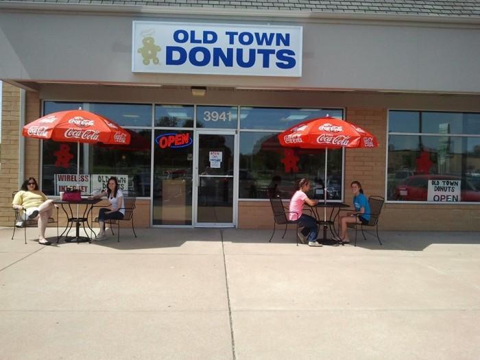 3. Old Town Donuts, Cottleville, Florissant