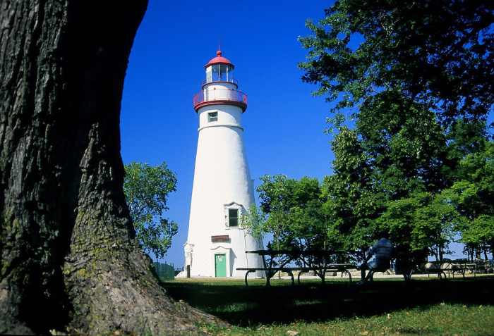 10) Explore the shores of Lake Erie and Marblehead Lighthouse.