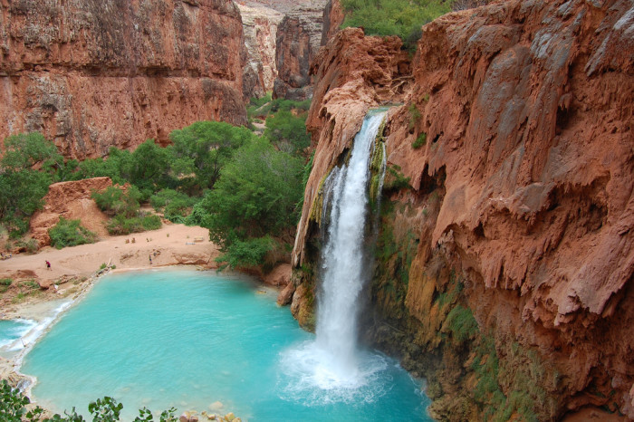 2. Havasu Falls for some epic slow shutter speeds with vibrant colors.