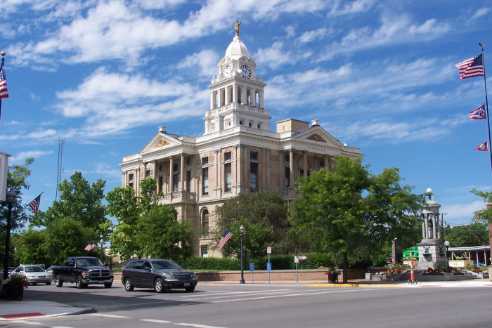 7. Washington Courthouse