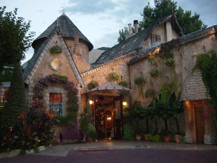 10) La Caille Restaurant, Sandy