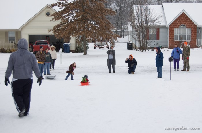 1. Minnesotans are neighborly! From spending time with the neighbors to helping out a stranger stuck on the road!