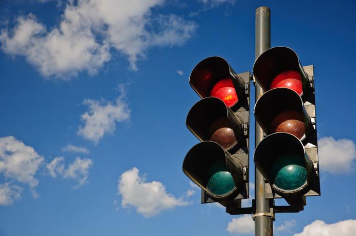 3) Electric Traffic Light