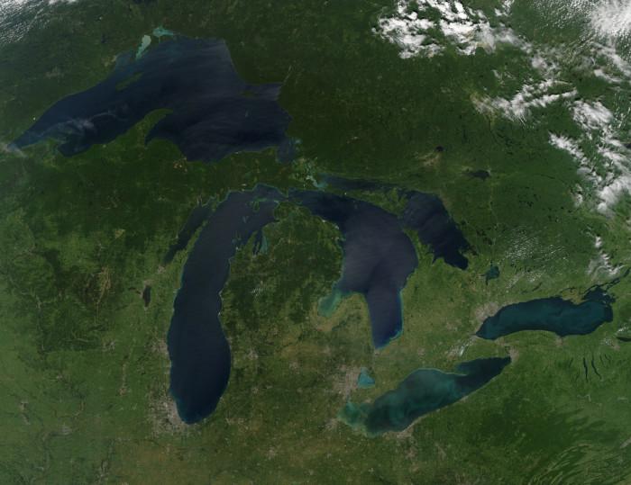 7) Michigan is shaped like a snug mitten...