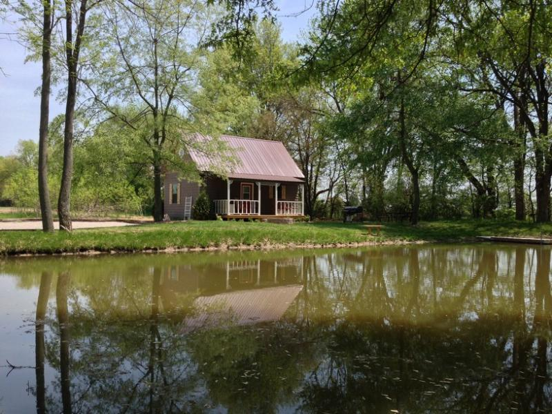 Awesome cabins in indiana will make your stay unforgettable for Lake cabins for rent in massachusetts