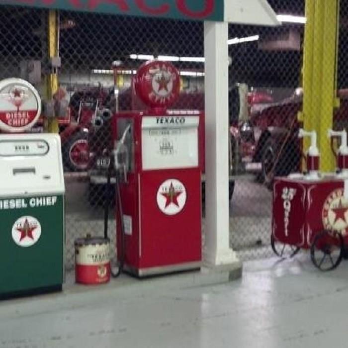3) 5 Alarm Flea Market, Ypsilanti