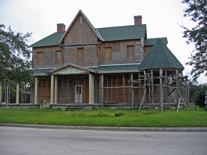 5. This large home in Celebration probably looks scarier than it is. It was abandoned during construction due to the real estate crash.