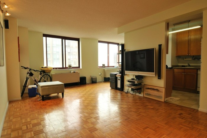 1. In Long Island City,  this 1-bed 1-bath apartment (836 sqft) on the 37th floor is available for $655,000...
