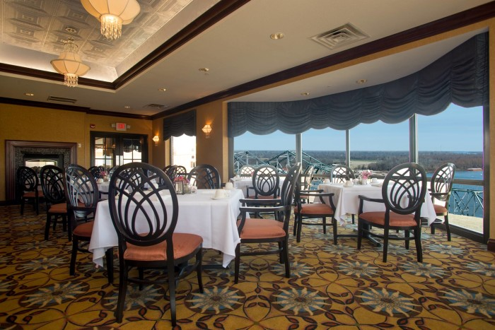 mississippi restaurants that have jaw dropping views. Black Bedroom Furniture Sets. Home Design Ideas