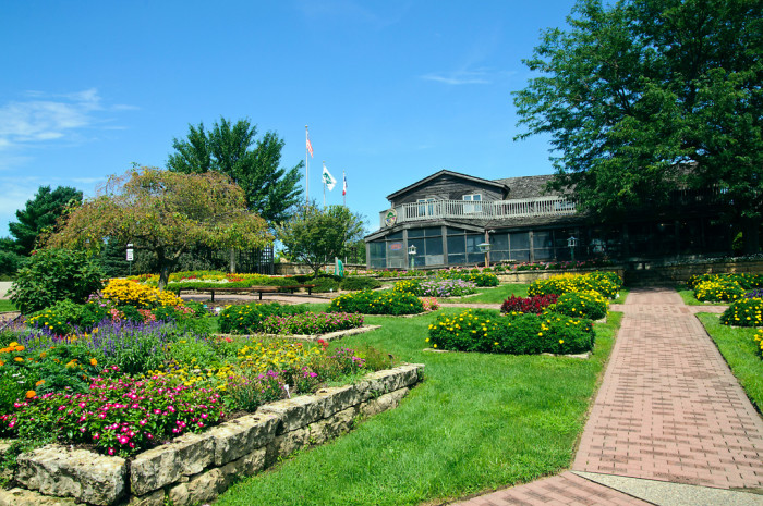 5. Enjoy the fresh air and  flowers at the beautiful botanical gardens in Dubuque.