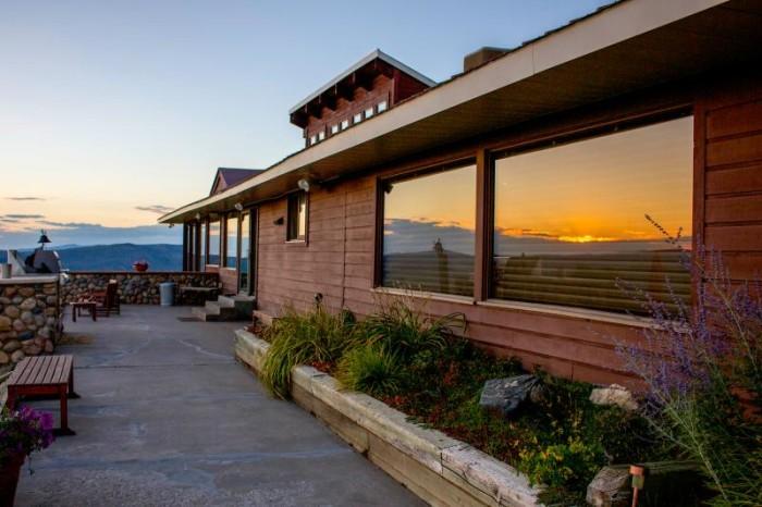 1. Bella Vista Private Estate (Steamboat Springs)