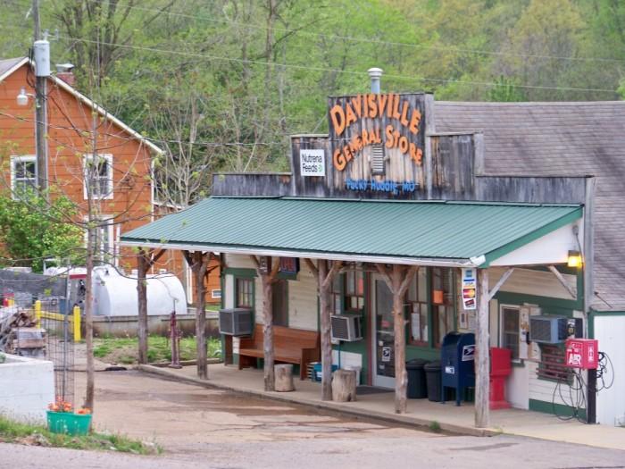 6. Davisville General Store, Davisville