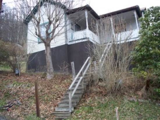 6. This home in Richwood going for $4,900