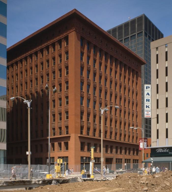 7. Wainwright Building, St. Louis