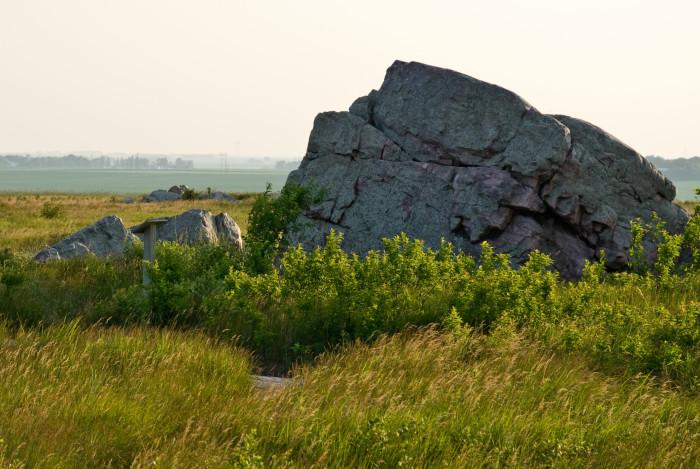 2. The Upper Cliffline Trail