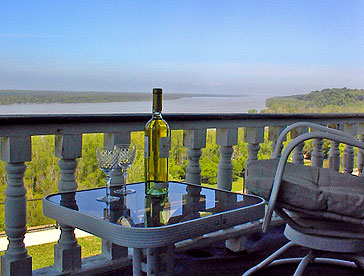 7. Bluff Top Bed and Breakfast, Natchez