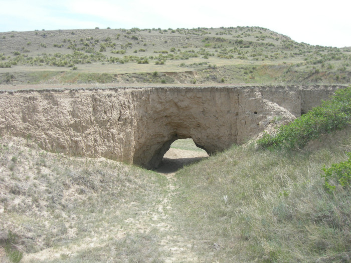 2.) Horse Thief Cave (Arikaree Breaks)
