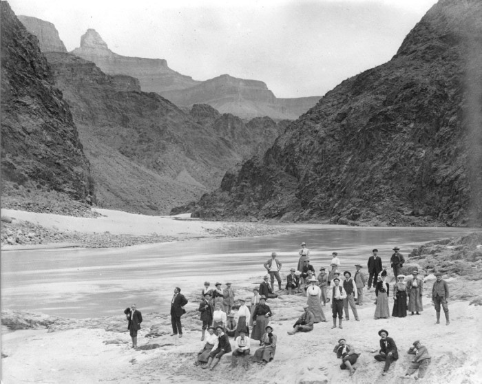 9. Even these folks were enjoying their time at the river beach in the Grand Canyon back in 1906.