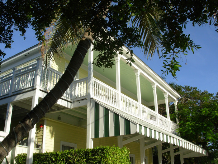 7.  Avalon Bed and Breakfast