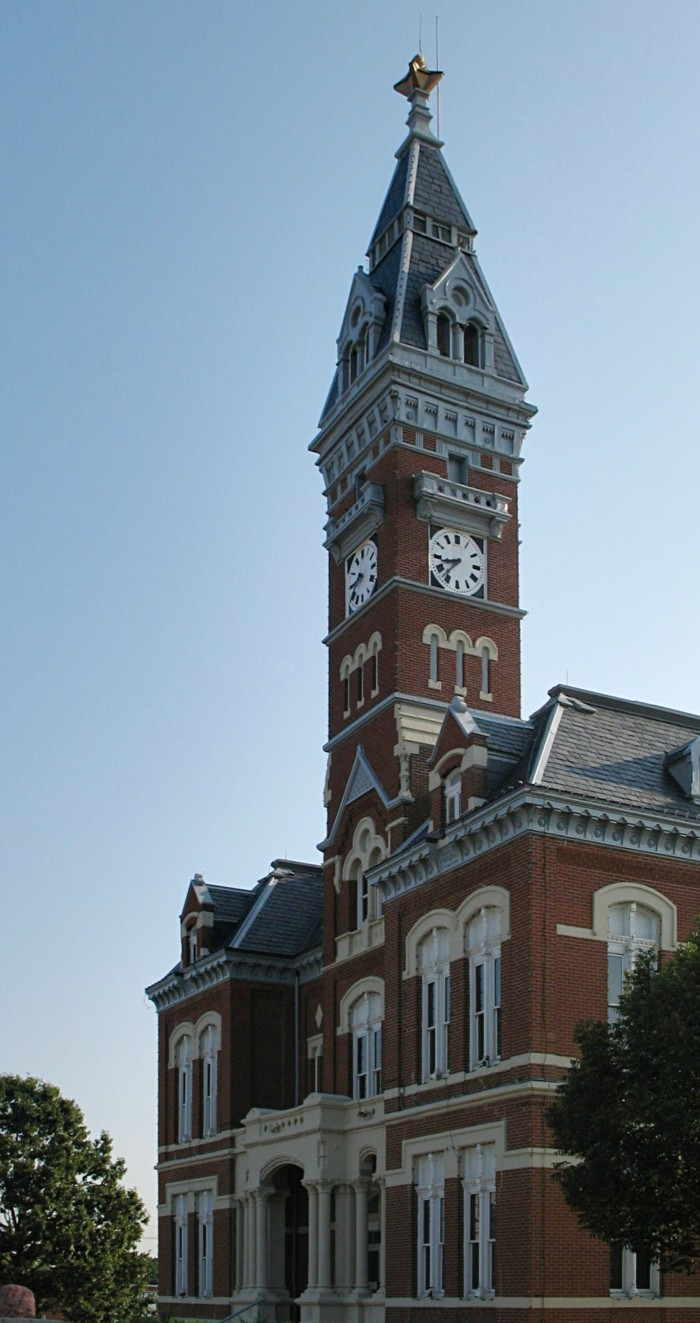 8. Maryville Nodaway-courthouse_retouched