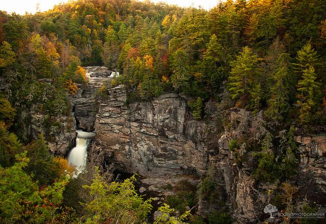 14. Erwin's View Trail, Linville Falls, 1.9 mi.